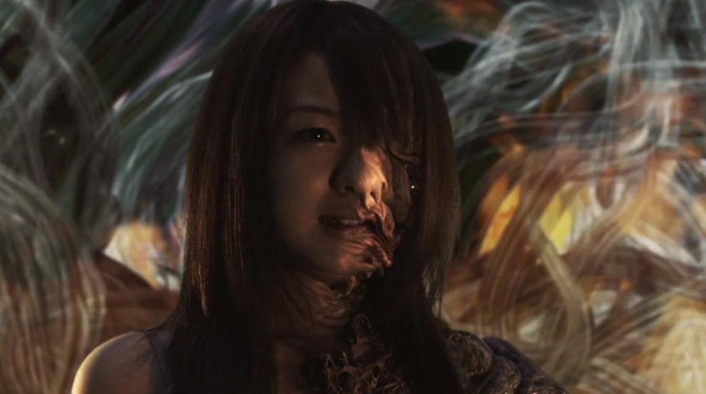 『仮面ライダー THE NEXT』に登場するChiharu怪人態は、悲しき悪役。左半身がかなりグロテスクでありホラー映画並みのトラウマキャラ。