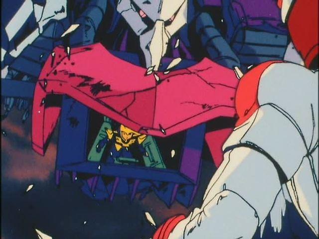 ジュドー・アーシタのZZガンダムとハマーン・カーンのキュベレイの最後の一撃は相打ちとなり、上半身だけとなったキュベレイ。(『機動戦士ガンダムΖΖ』第47話「戦士、再び……」(1987年1月31日)の劇中より)