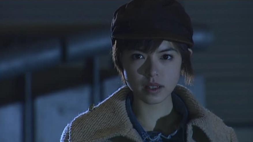 神崎優衣(かんざきゆい)は、『仮面ライダー龍騎』のヒロインにして、物語のキーパーソン。