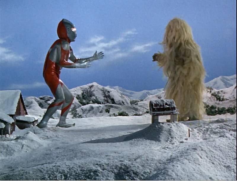 村に伝わる幻の怪獣ウーは、雪ん子「ユキ」の母親の化身なのだろうか?