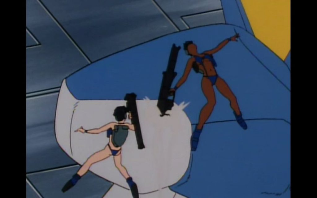ネネカ隊は、生身の白兵戦をしかけるが、狂乱したパイロットのウッソ・エヴィンによりあっさり配下の女性兵たちは全滅。