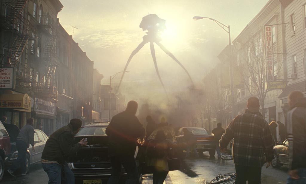 宇宙戦争(2005年)は、地球の侵略を目論む異星人とそれに立ち向かう人類の姿を最新のCG映像を織り交ぜて描く。