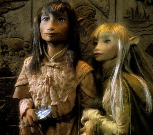 人間の俳優ではなくマペット(人形)を用いてファンタジー世界を表現し、観客を魅了した1982年の人形劇映画『ダーク・クリスタル』