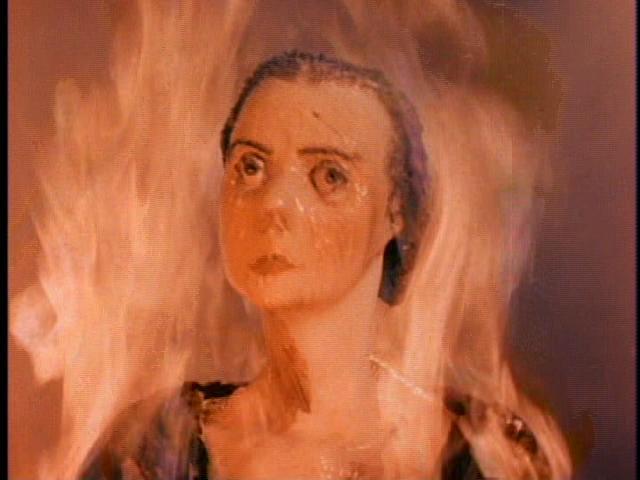 狂気に満ちた彫刻家がもたらす恐怖の世界を描いた元祖ホラームービー。アメリカが誇る怪奇映画の大スター、ヴィンセント・プライスの出世作。若き日のチャールズ・ブロンソンの姿も拝める。
