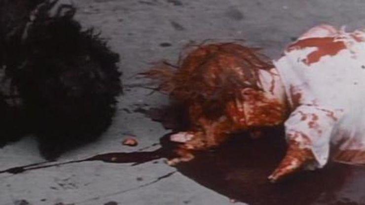 「アンディ・ウォーホルのBAD」の赤ちゃんを高層アパートの窓から捨てるシーン(地面に叩きつけられた赤ちゃんは砕け、下にいた女性に血がビチャーッとかかる。通りがかった犬が死体をペロペロなめる)は、衝撃的なショックシーンとして話題になった。