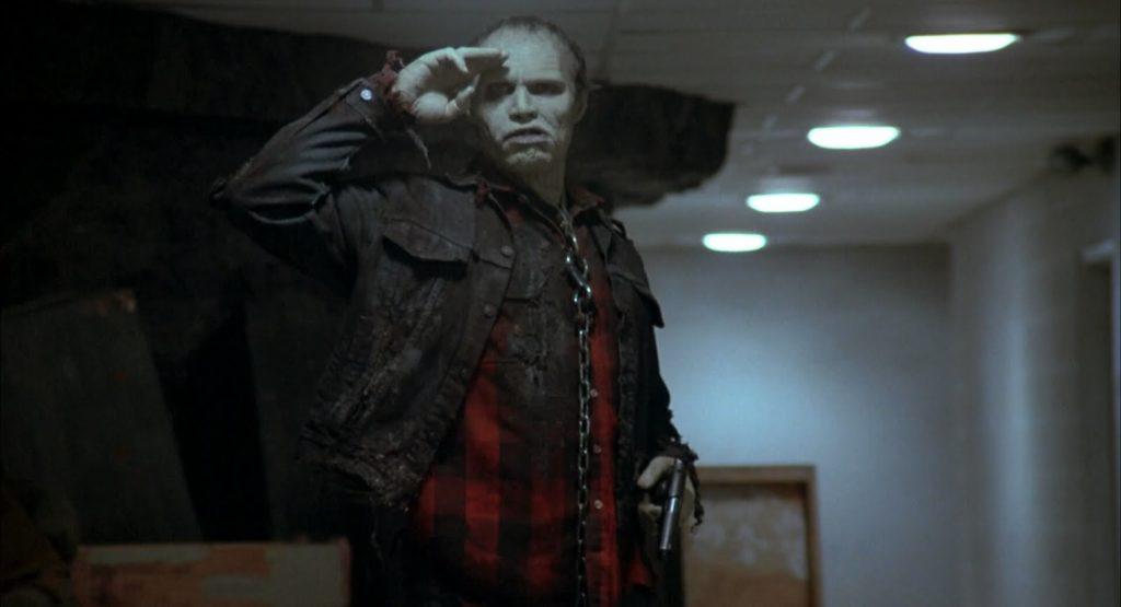 バブ(死霊のえじき)は、ゾンビ映画『死霊のえじき』に登場する人気キャラクター。ゾンビを研究しているローガン博士に飼いならされており、彼の教育によってわずかながら人間の感覚や知能を取り戻し始めていく。