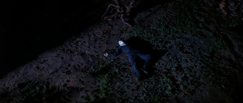 『ハロウィン』(1978年)の結末は、幻想怪奇な余韻を残して終わる結末。