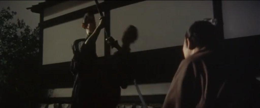 伝説の「真っ二つに人体を斬る」シーン(市川雷蔵主演「斬る」(1962年))斬新な殺陣と映像美が話題となった。殺陣においては血しぶきは上がらない。