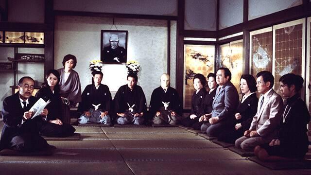 市川崑監督・石坂浩二主演による金田一耕助シリーズの第1作『犬神家の一族』(1976年)