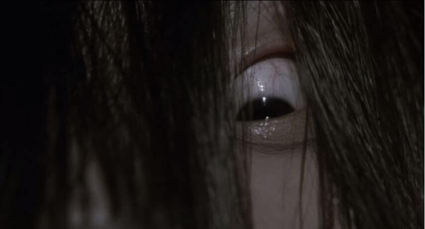 ホラー史に残る山村 貞子のラストカットの有名な恐怖ビジュアル。恐ろしすぎる。