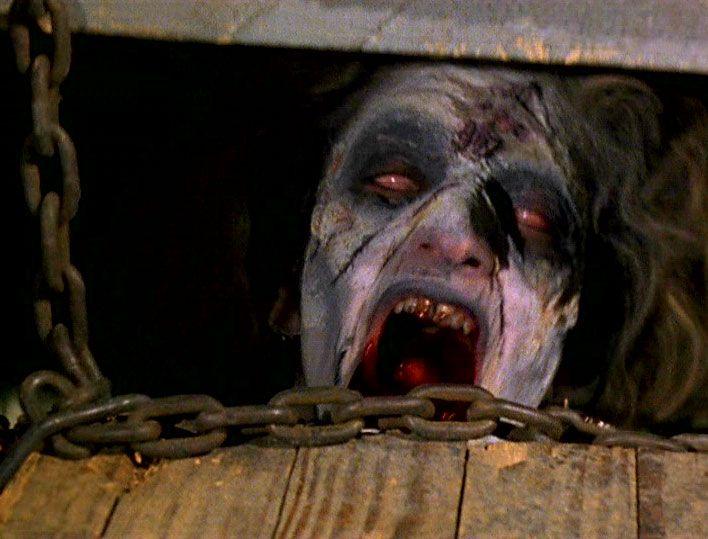 悪霊に憑依されて死霊と化したシェリルを地下室へ閉じ込めるが・・・