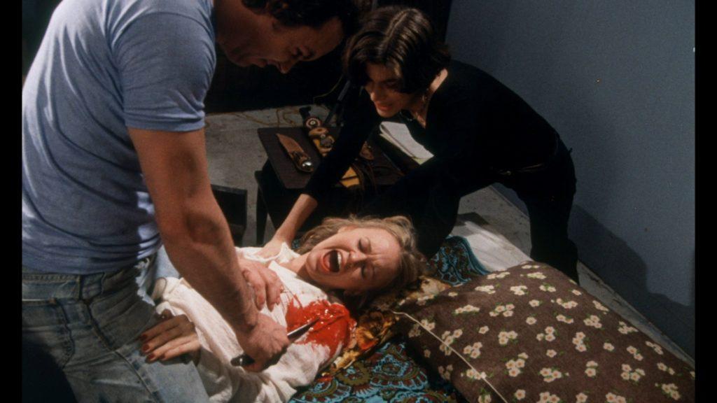 実際の殺人を撮影した映画を指すスナッフフィルムを模して作ったスプラッター映画。