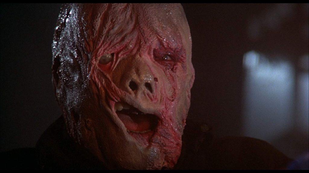 最後に明らかになる『バーニング』の殺人鬼クロプシーの醜い顔。