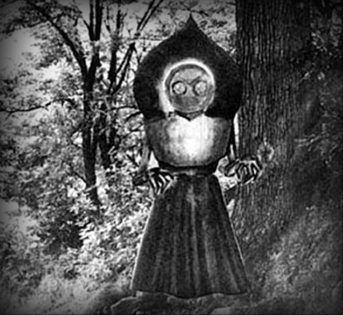 フラットウッズ・モンスター(Flatwoods Monster)は、1952年9月12日にアメリカ合衆国ウェストヴァージニア州のブラクストン郡フラットウッズの町でUFOとともに目撃されたといわれる有名な「宇宙人」。