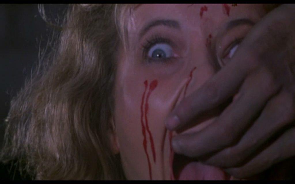 ヘル・オブ・ザ・リビングデッドに登場するヒロインが、映画史に残る酷い死に方をすることで有名なゾンビ映画。