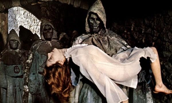 第4作『エル・ゾンビ IV 呪われた死霊海岸』(1975)は、スペインのホラー映画史に金字塔を打ち立てた伝説のカルト・シリーズ最終章。