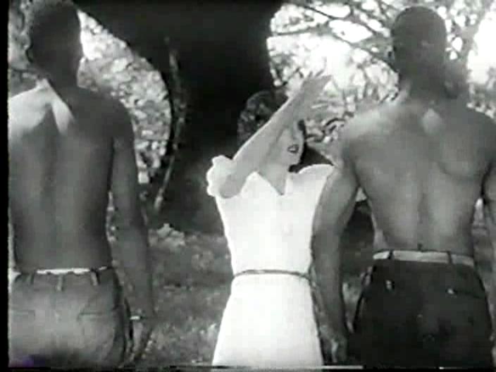 世界初のゾンビ映画「ホワイト・ゾンビ」の成功により、「Ouanga (The Love Wanga)」などのヴードゥ・ゾンビ映画が作られた。