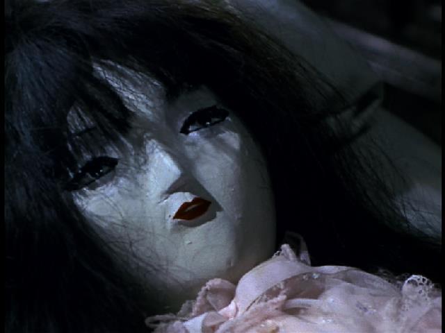 鬼島竹彦が自分を裏切らない存在として作った「青い血の女」