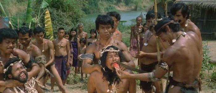 食人映画の元祖「怪奇!魔境の裸族」の有名な残虐シーン「捕虜の舌きり描写」。