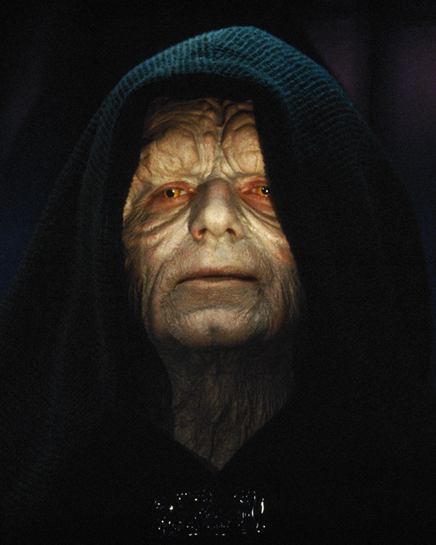 ダース・シディアスは、「スターウォーズ」シリーズの全作品(9作品)の黒幕ということになる。暗黒卿ダース・プレイガスのもとでフォースのダークサイドを学んだ。