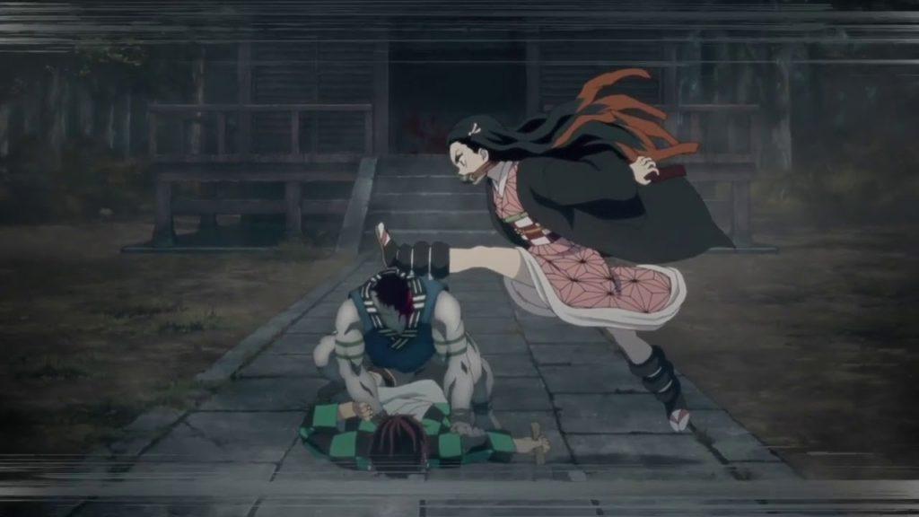 『鬼滅の刃』第2話の竈門 禰豆子(かまど ねずこ)の強烈な一蹴りで首チョンパに。