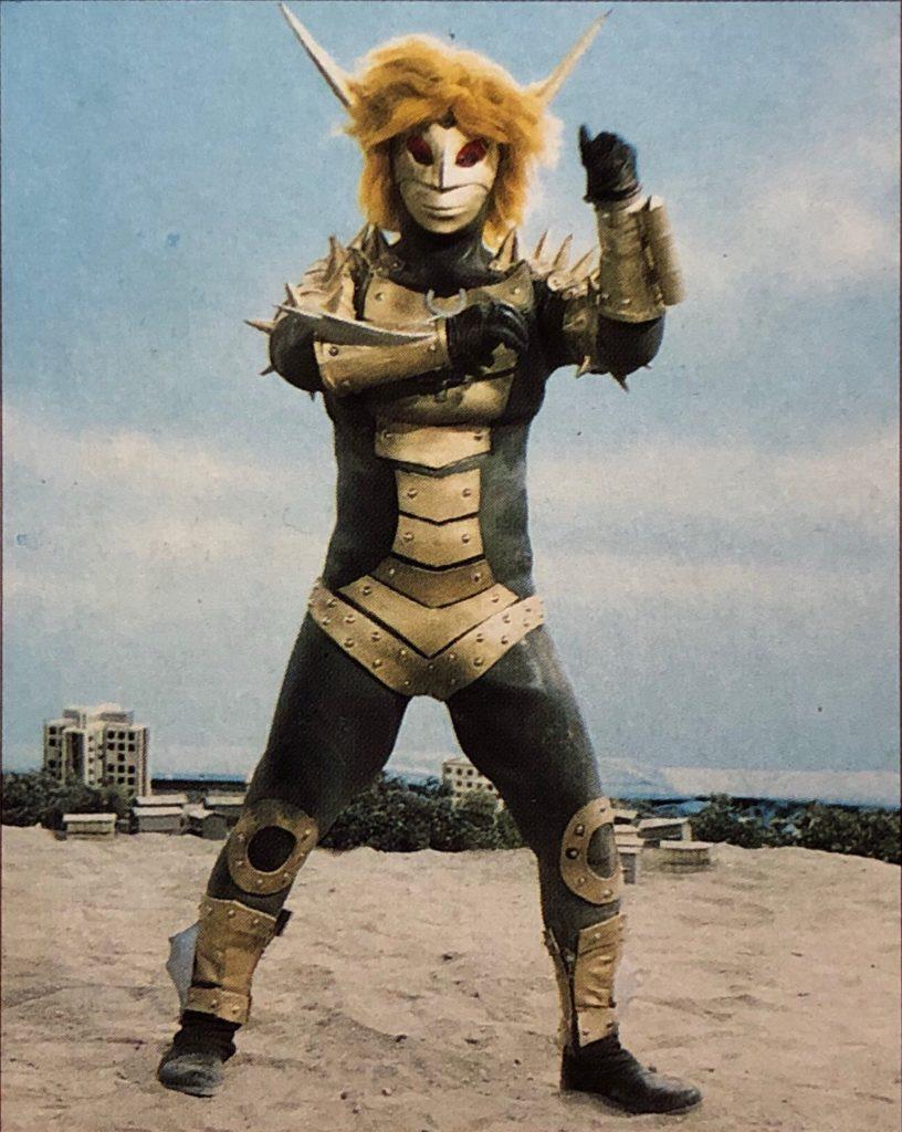 ババルウ星人とは、円谷製作の特撮作品『ウルトラマンレオ』で初登場し、以降も多くの作品で登場した宇宙人。本物と変わりないほどの姿に変身する能力を持つ。