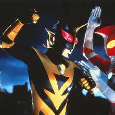 ウルトラマンシャドーとは映画『ウルトラマンゼアス2』に登場したレディベンゼン星人が製造した対ウルトラマンゼアス用戦闘ロボット。