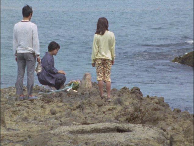 女性「海の大好きな子でした 私も海のような広い心を持った男の子に育ってほしいと思って、毎年ここに連れて来ていたんです・・・」