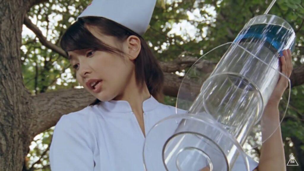「風のシズカ / 風のスーパーシズカ」役:山崎真実(やまさき まみ)「銀河最強のナースよ。倒れちゃったあなたには、特製のお注射が必要ね♪」