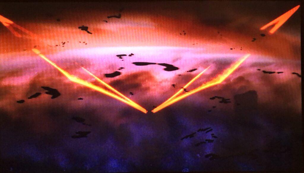 巨大な光の翼が生えたEVA初号機。悪魔的な禍々しい雰囲気を醸し出している。