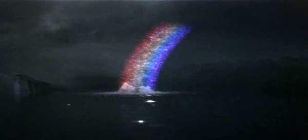 バルゴンは断末魔として虹光線を発射。名シーンとして語り継がれている。