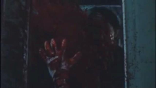 札幌市営地下鉄の運転士の石田(演:田口トモロヲ)は、南北線の始発列車を運転中に小型レギオンに襲撃を受け死亡する。かなり陰惨な血まみれのスプラッター描写になっている。