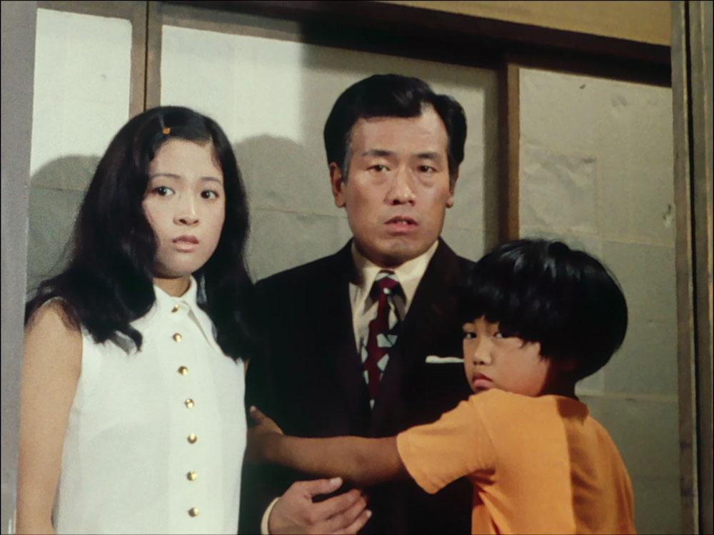 中田 喜子(なかだ よしこ)は、仮面ライダー』へのレギュラー出演などを経た後、1974年の『やっちゃば育ち』でヒロイン役に抜擢。石井ふく子・橋田壽賀子両氏の作品には多く出演。