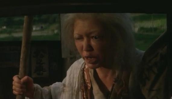 濃茶の尼(こいちゃのあま)のセリフ「祟りじゃ?っ! 八つ墓の祟りじゃ?っ!」