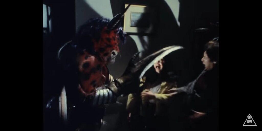 我々の姿を見たものは全て死んでもらう!珠純子は、デストロンの秘密活動を目撃したために命を狙われていたところを風見志郎に救われ、彼の自宅に保護される。だが彼女を追ってきたデストロン怪人ハサミジャガーによって、巻き添えを食う形で志郎の家族が殺害されてしまう。