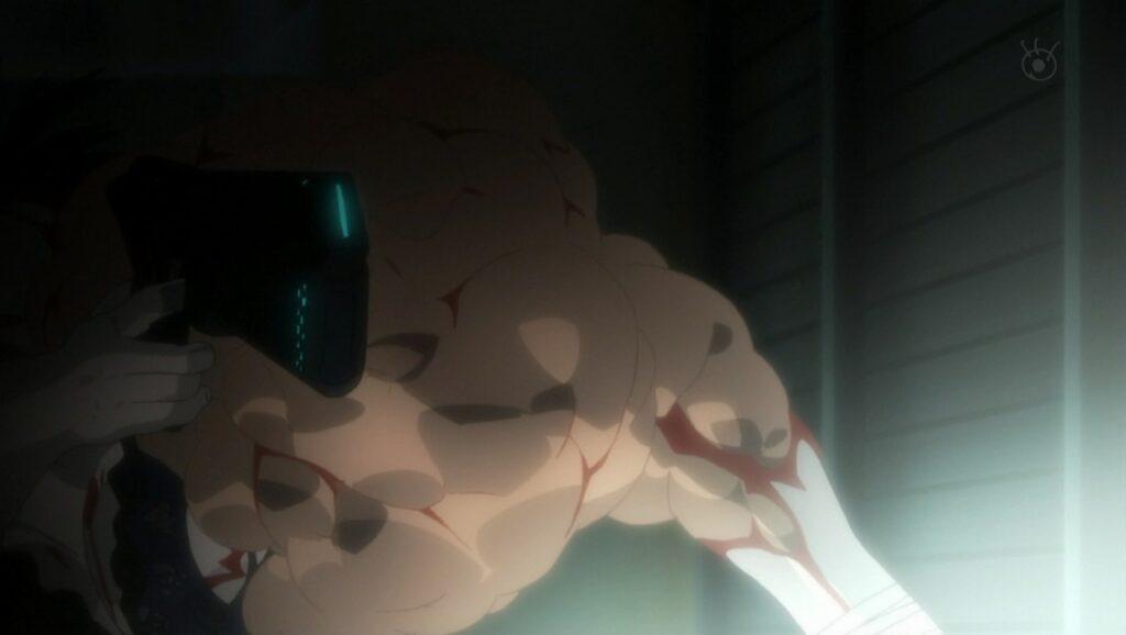ドミネーターに打たれ体が膨張し、破裂死する青柳璃彩